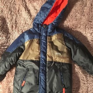 Oshkosh boys winter jacket size 5